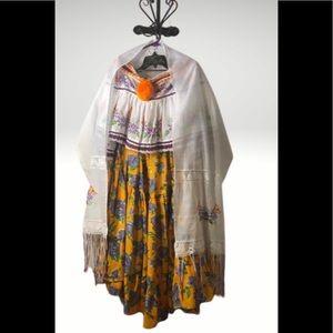 🌹New Unique Beautiful Panamanian dress